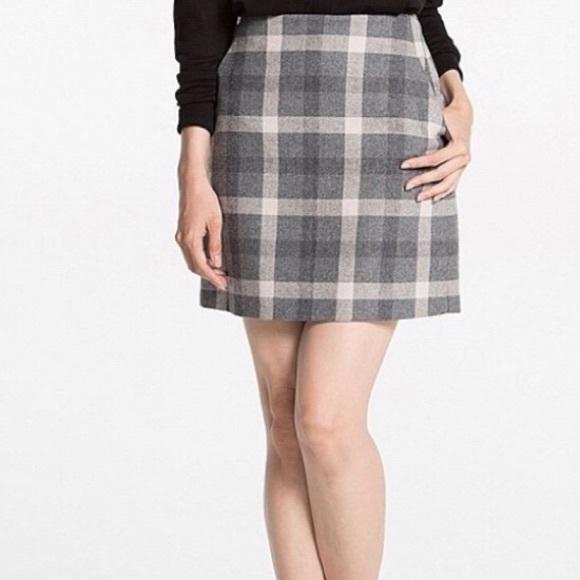 d8c21021d Uniqlo plaid skirt gray. M_5b8f26e3dcfb5a84d8f2713b